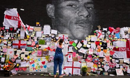 Manchester shows support for Marcus Rashford